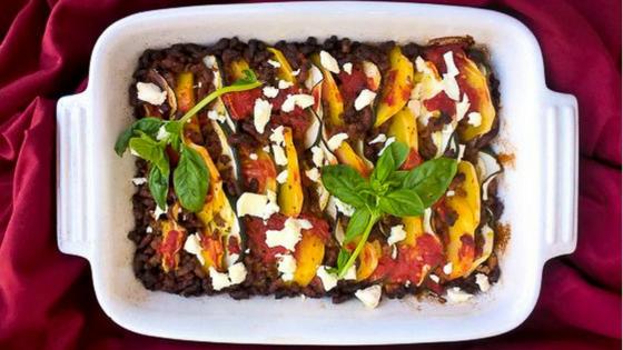Zapiekanka z cukinii, pomidorów i ziemniaków